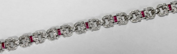 060003: DIAMOND, RUBY & WHITE GOLD BRACELET