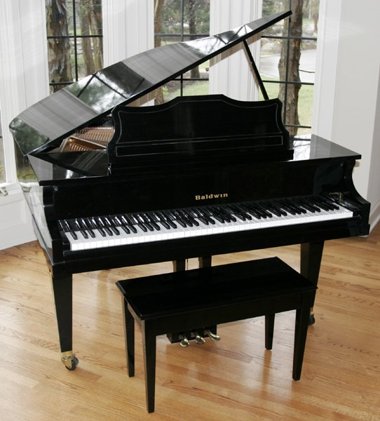 060005: BALDWIN #R293918 BABY GRAND PIANO
