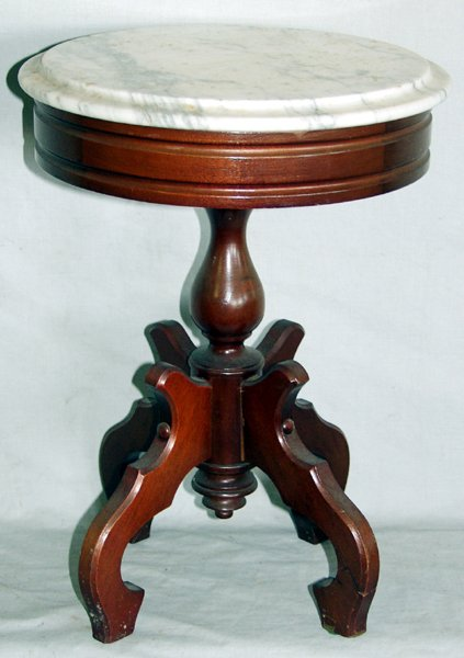 060154: VICTORIAN STYLE MARBLE TOP & MAHOGANY TABLE
