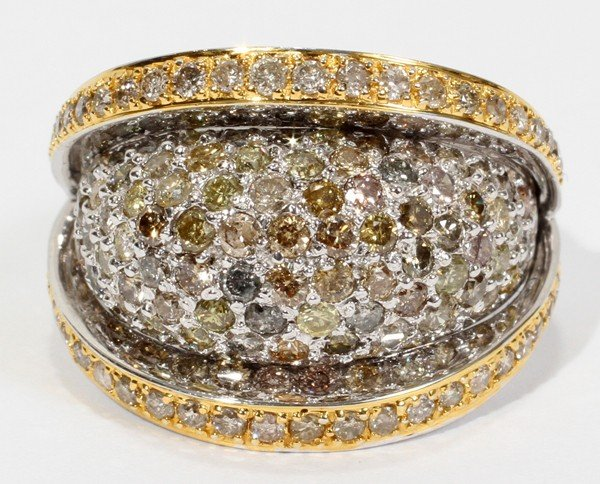 020010: 18KT WHITE GOLD AND FANCY CUT DIAMOND RING,