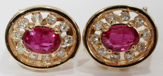 030003: 1.50 CT. RUBY & DIAMOND EARRINGS, L 1/2""
