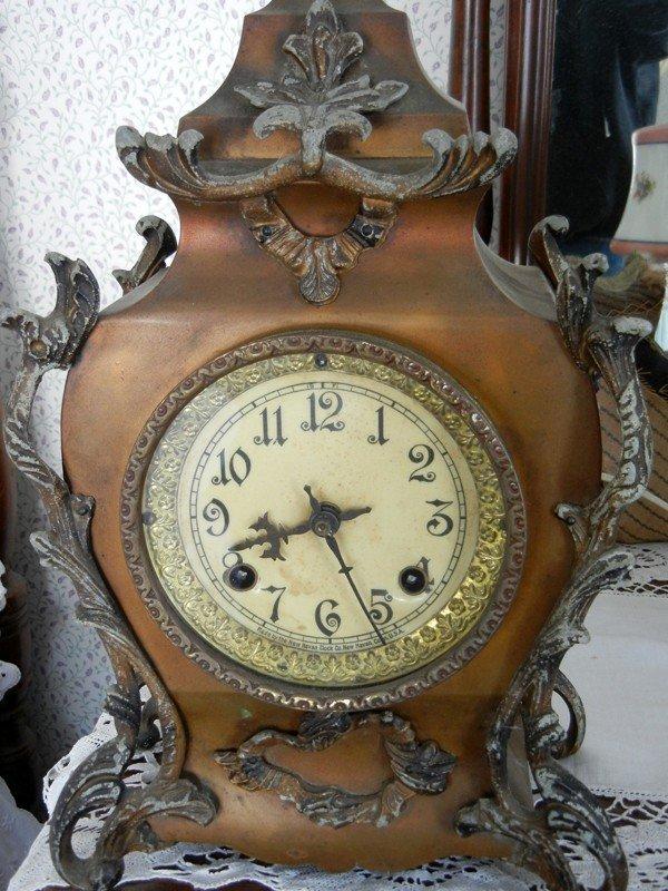 """040012: NEW HAVEN CLOCK CO. BRONZE CLOCK, H 14"""", L 9"""""""