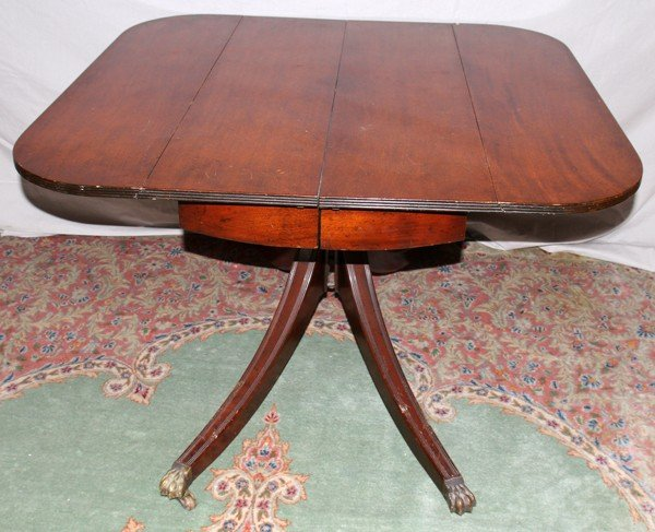 050460: DUNCAN PHYFE STYLE MAHOGANY TABLE & CHAIRS (6) - 2