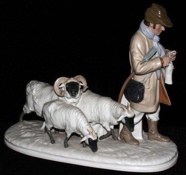 051010: MEISSEN PORCELAIN GROUP, SHEPHERD W/ SHEEP,