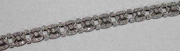 070008: DIAMOND & GOLD BRACELET