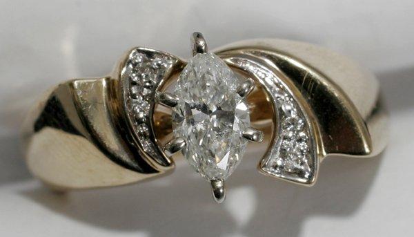 070016: GOLD & DIAMOND ENGAGEMENT & WEDDING RINGS