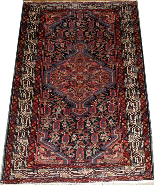 "071002: HAMADAN PERSIAN ORIENTAL CARPET, 4' 0"" X 2' 8"""