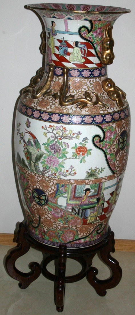 "060023: CHINESE PORCELAIN PALACE URN, MODERN, H 36"","