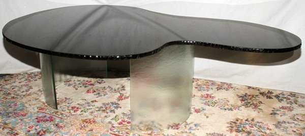 070017: FREE FORM GLASS COFFEE TABLE, CONTEMPORARY,