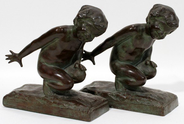 071005: EDITH B. PARSONS BRONZE BOOKENDS, PAIR, 1913