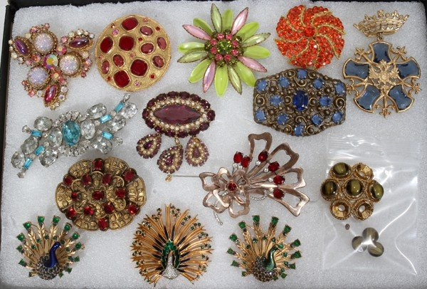 080358: COSTUME JEWELRY BROOCH COLLECTION, 14 PIECES