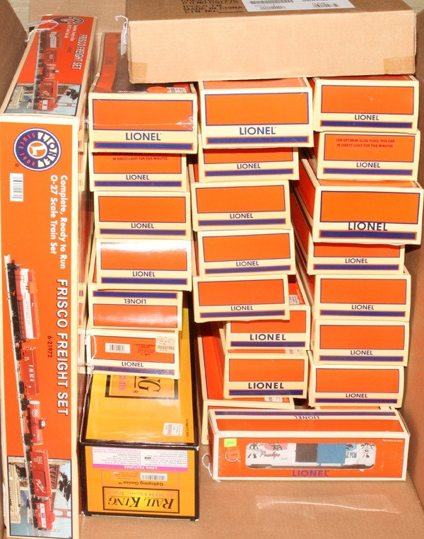 081504: LIONEL TRAIN CARS & OTHERS, IN 55 BOXES