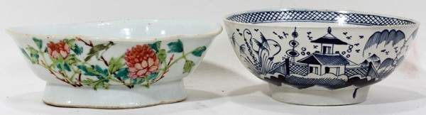090440 CHINESE PORCELAIN BOWLS TWO L 7 12