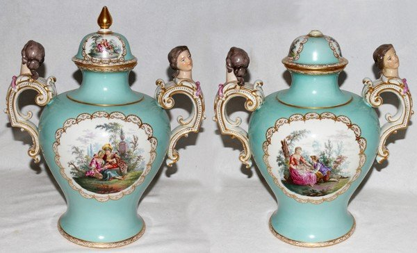 091009: BERLIN PORCELAIN COVERED URNS, C. 1880, PAIR