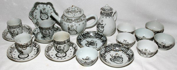 091015: CHINESE EXPORT PORCELAIN TEA SET PAINTED