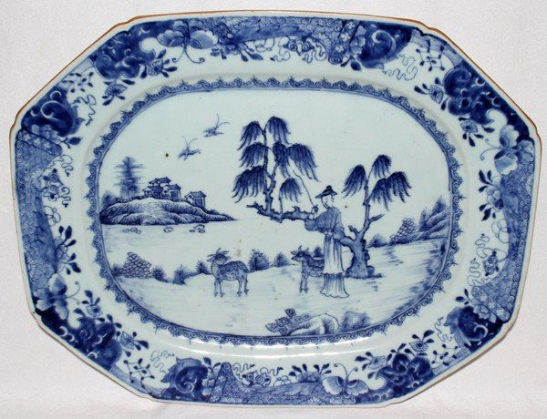 091017: CHINESE EXPORT PORCELAIN PLATTER, 18TH C. L 17""