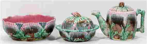 102431: ETRUSCAN SHELL & SEAWEED MAJOLICA BOWL, BUTTER