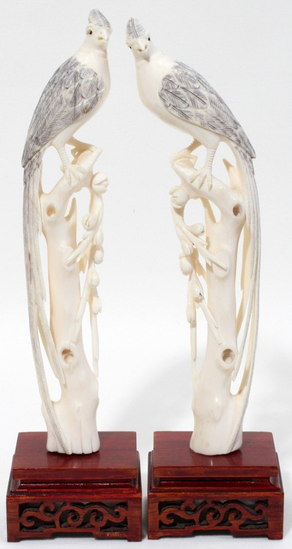 110022: CHINESE CARVED IVORY FIGURES OF PHOENIX BIRDS