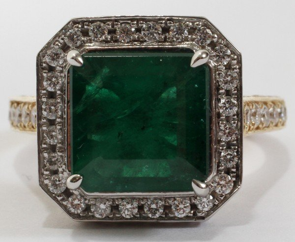 120116: 3.77 EMERALD & 2.50 PAVE DIAMOND RING