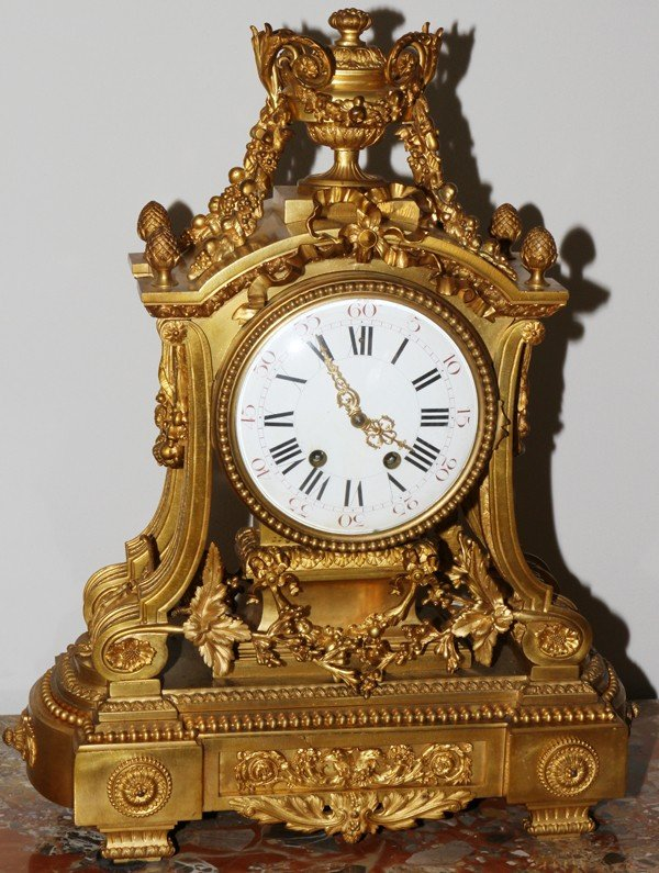 121023: FRENCH BRONZE MANTEL CLOCK, 19TH C.