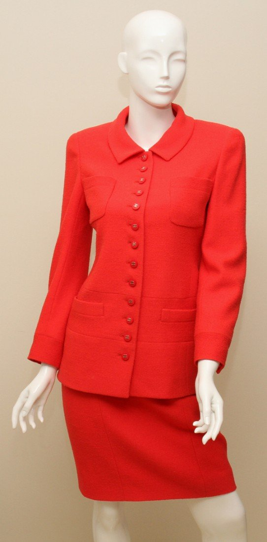 121377: CHANEL BOUTIQUE RED SKIRT SUIT, TWO PIECES