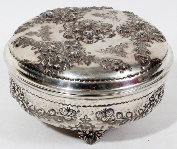 "010019: .800 SILVER COVERED DRESSER BOX, H 4"","