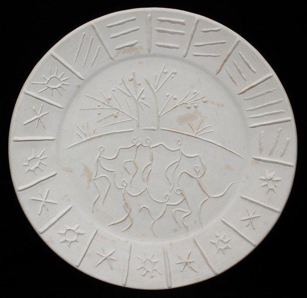 011022: PABLO PICASSO (1881-1973), CERAMIC PLATE,