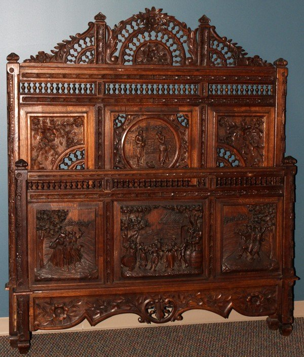 012104: FRENCH PROVINCIAL CARVED OAK BED, 19TH CENTURY,