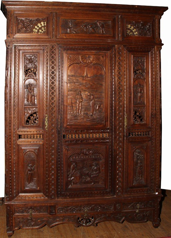 012105: FRENCH PROVINCIAL CARVED OAK ARMOIRE, 19TH C,