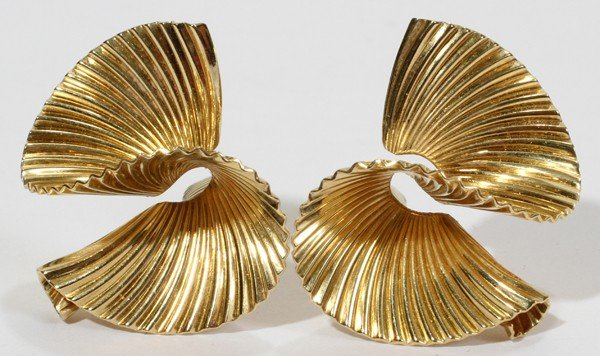 012119: TIFFANY & CO. 14 KT YELLOW GOLD EARCLIPS, PAIR