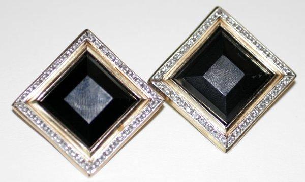 090994: BLACK ONYX, DIAMOND & YELLOW GOLD EARRINGS