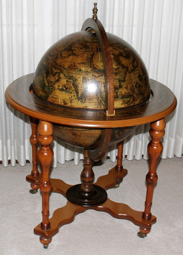 020009: MAPLE & PRINTED PAPER TERRESTRIAL GLOBE HINGED