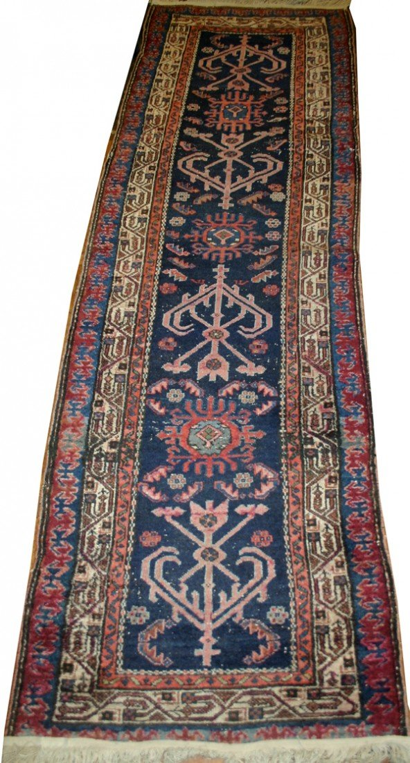 020018: PERSIAN HAMADAN WOOL RUNNER 9' X 2' 6""