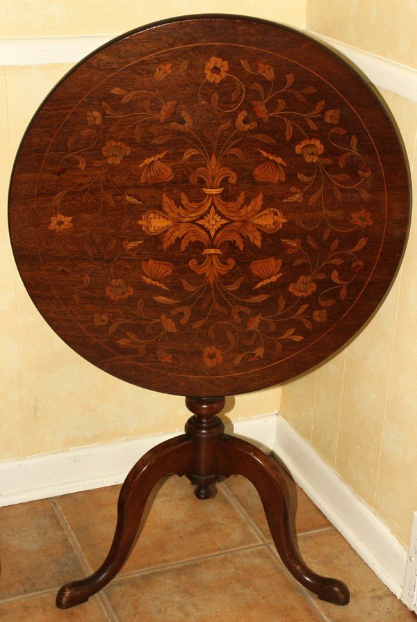021165: DUTCH STYLE MARQUETRY INLAID TILT-TOP TABLE,