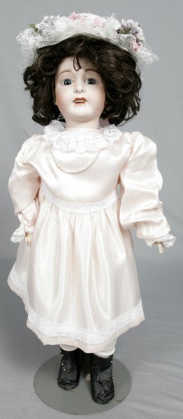 093013: FABR. FRANCAISE, LIMOGES BISQUE & WOOD DOLL