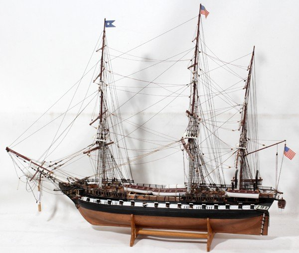 "030211: U.S.S. CONSTITUTION WOOD SHIP MODEL, H 25"","