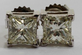 2.02CT PRINCESS CUT STUD DIAMOND EARRINGS