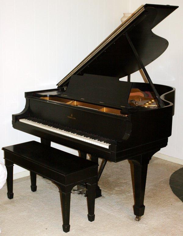040003: STEINWAY & SONS, MODEL 'M', BABY GRAND PIANO