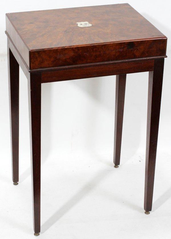 """040202: BURL WALNUT & MAHOGANY TABLE 24"""" H"""