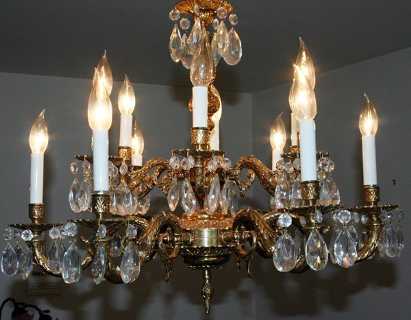 """040207: BRONZE AND CRYSTAL 12 LIGHT CHANDELIER 20"""""""