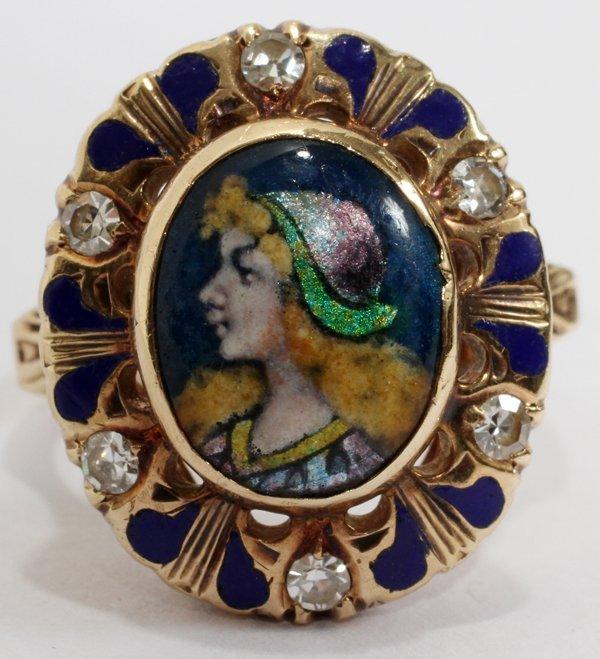 040211: LADY'S 10KT GOLD & DIAMOND RING