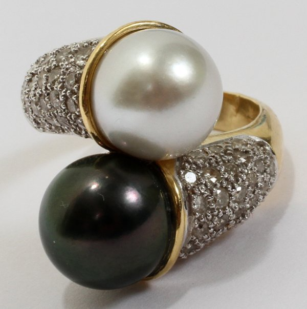 042111: PAVE DIAMOND AND  DOUBLE PEARL 14 KT GOLD RING