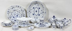 ROYAL COPENHAGEN PORCELAIN BLUE DINNER SET