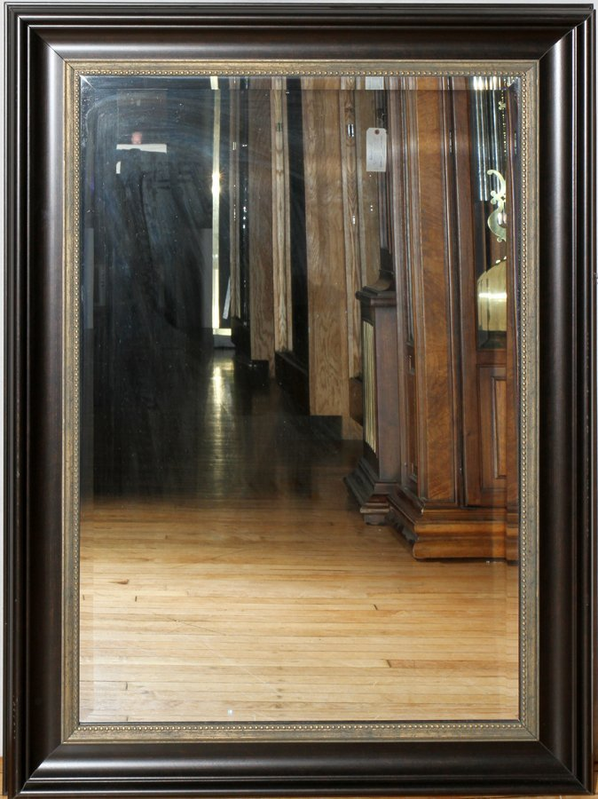 050173: CONTEM BEVELED GLASS MIRROR W/PAINTED FRAME,