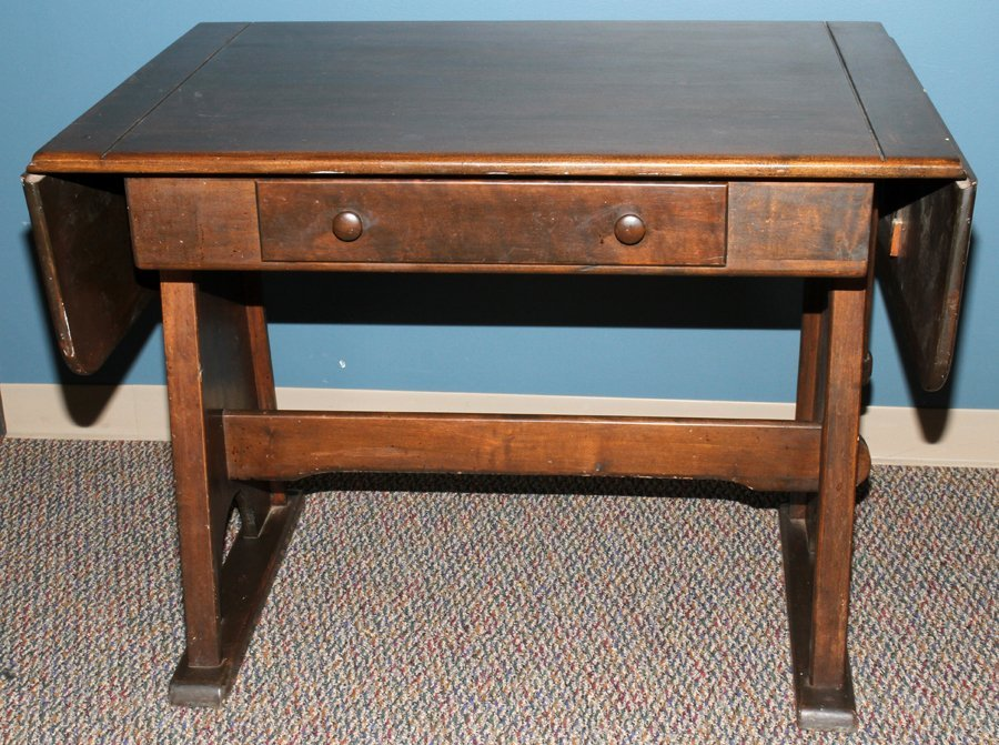 050176: DROP LEAF MAHOGANY TRESTLE LIBRARY TABLE, C1900