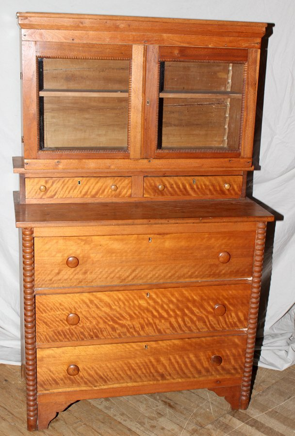 "050178: AMERICAN MAPLE CUPBOARD, 19TH CENTURY, H 63"","