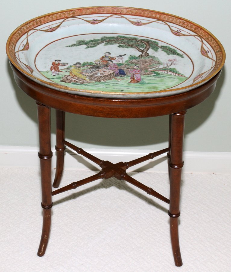 051015: CHINESE EXPORT PORCELAIN PLATTER, 18TH C.