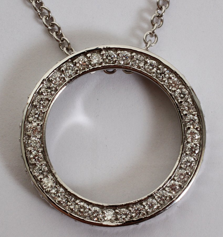 051115: 14KT GOLD & 2.30CT DIAMOND CIRCLE NECKLACE