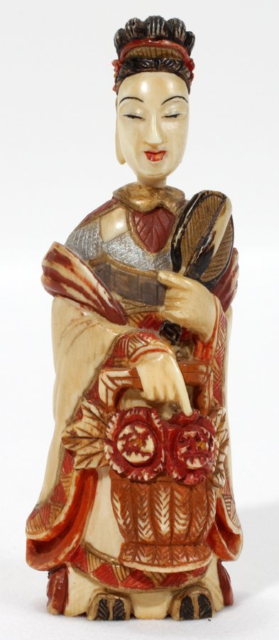 051232: CHINESE IVORY & POLYCHROME SNUFF BOTTLE