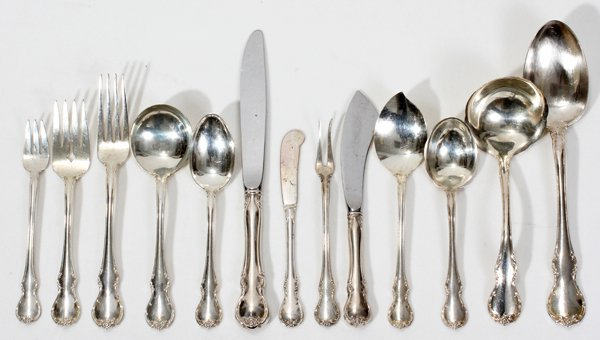 061021: TOWLE 'FRENCH PROVINCIAL' STERLING FLATWARE SET